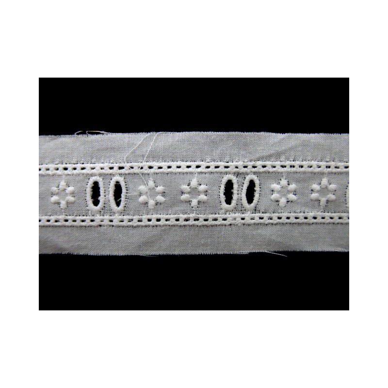 Tira bordada blanca 1,2 cm