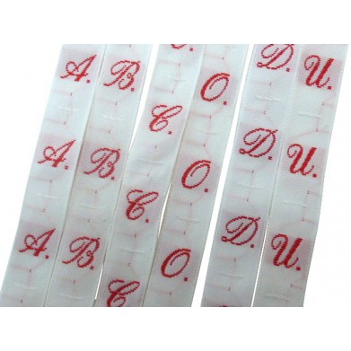 Etiquetas de coser alfabeto