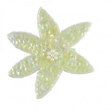 Flor blanca lentejuelas